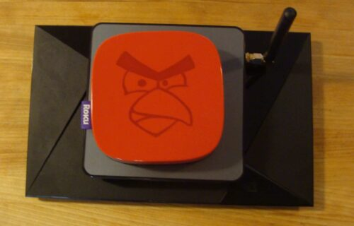 Mecool BB2 Pro Android TV Box - Size comparison 2