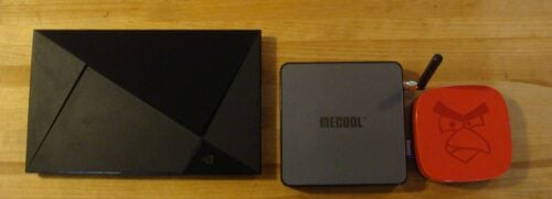 Mecool BB2 Pro Android TV Box - Size comparison 1