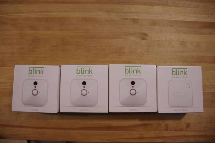 blink camera review - the boxes/hardware